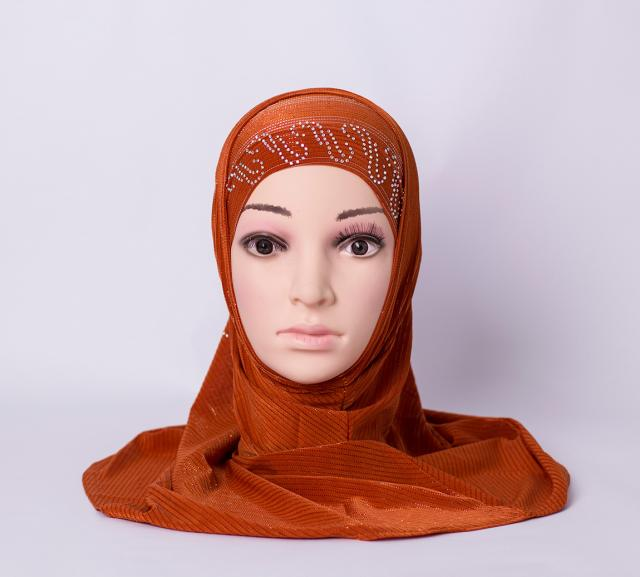 Two piece hijab with rhinestones - Brick-red